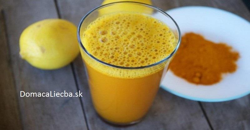 citrónová voda a kurkuma