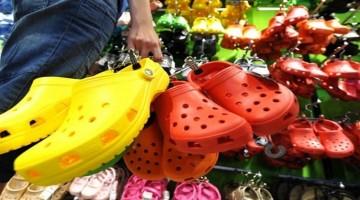 Ak vlastníte tieto sandále, čím skôr ich vyhoďte. Tu je dôvod