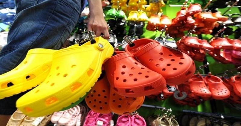 gumené sandále na leto