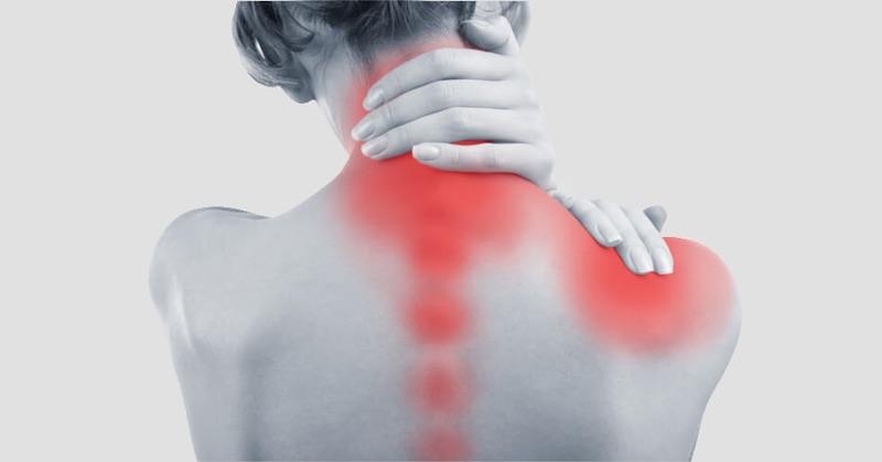 Záhada fibromyalgie vyriešená: Vedci objavili skutočnú príčinu bolestí