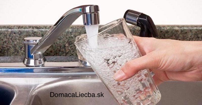 Ako odstrániť hliník, olovo, nikel a lítium z vody z vodovodu