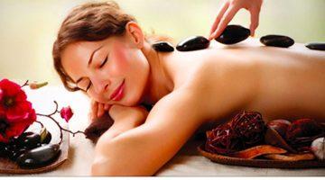 7 neobyčajných prínosov masáže horúcimi kameňmi pre vaše telo