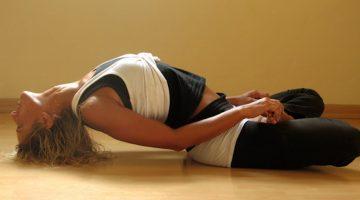 5 minútové jogové cvičenie, ktoré obnoví činnosť vašej štítnej žľazy